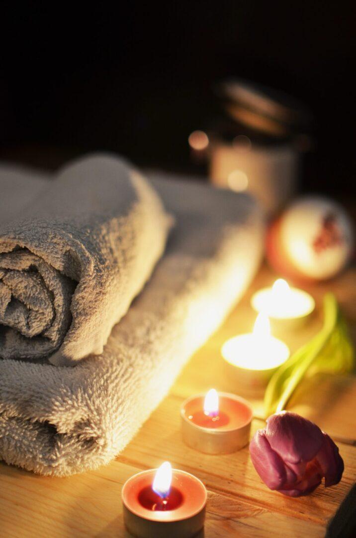 love-romantic-bath-candlelight-3188